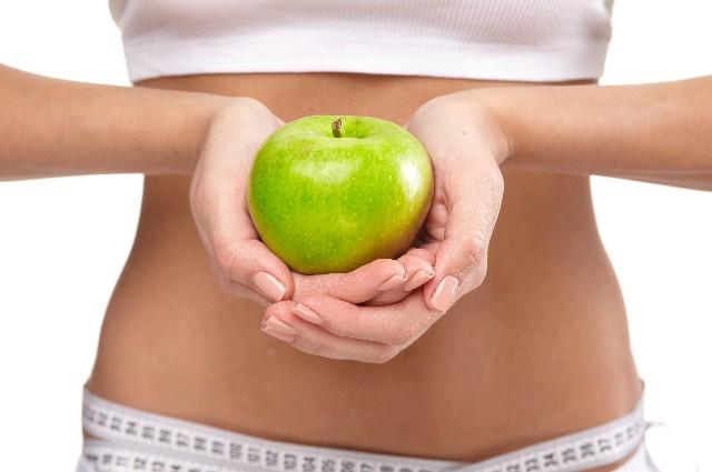 お腹回りを集中的にマッサージで痩せ体質も作る腸もみダイエットのやり方や効果とは